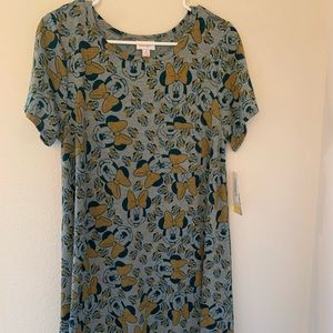 Lularoe Minnie Mouse print Carly- NEW!